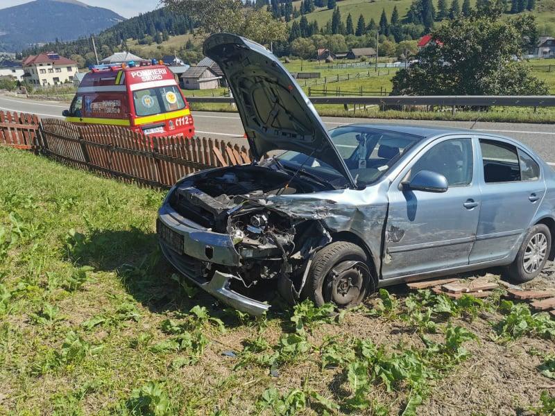 Trei persoane rănite în urma unui accident rutier pe raza localității Poiana Stampei FOTO