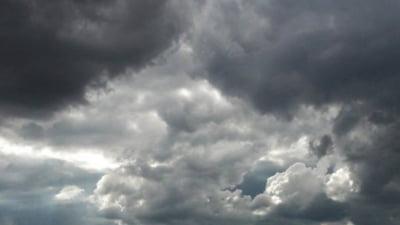 Informare meteo de ploi și instabilitate atmosferică