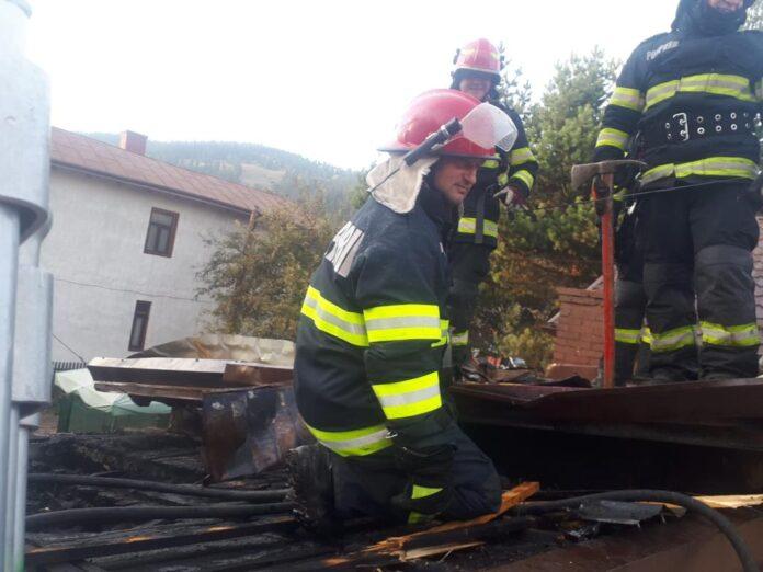 Incendiu într-o gospodărie din Vatra Dornei FOTO