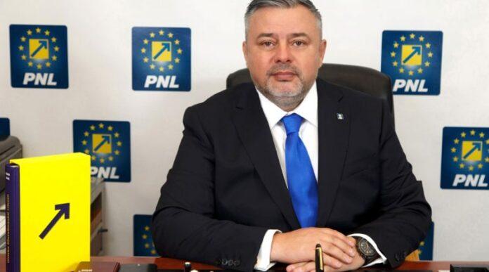 Ioan Balan: Unitățile școlare trebuie pregătite temeinic pentru revenirea elevilor în bănci. Autoritățile locale și directorii școlilor au cea mai mare responsabilitate în acest sens
