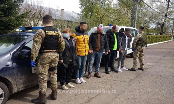 Patru algerieni şi o ucraineancă prinși de polițiștii de frontieră suceveni după ce au trecut ilegal granița