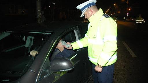 Căjvănean reținut de polițiști după ce a fost prins la volan cu o alcoolemie de 0,96
