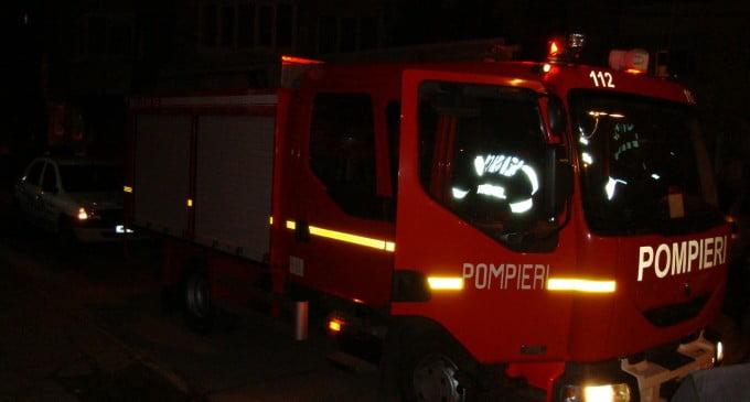 Incendiu la o casă din comuna Bălăceana VIDEO