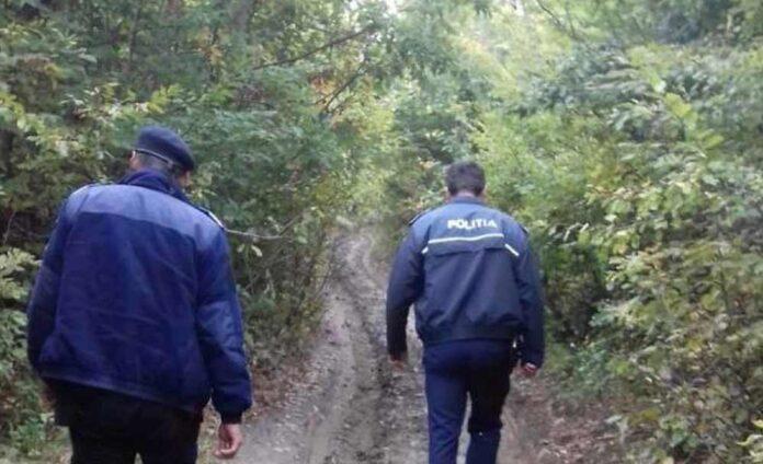 Zeci de voluntari, polițiști, jandarmi și pompieri au căutat un copil de cinci ani care a dispărut din curtea casei