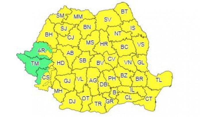 Cod galben de ploi torențiale și vânt pentru județul Suceava