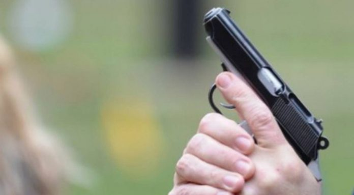 Scandalagii potoliți cu focuri de armă de polițiștii suceveni