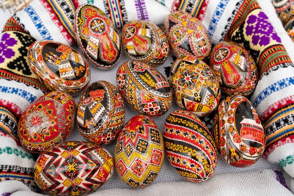 Ouăle încondeiate vor fi înscrise în lista elementelor vii de patrimoniu cultural