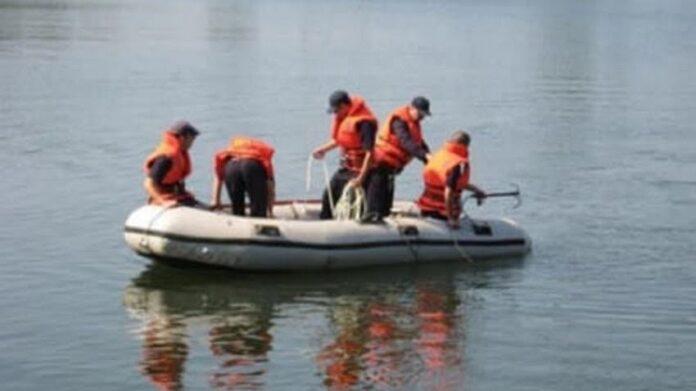 Un tânăr de 29 de ani a murit înecat într-un iaz din comuna Dornești