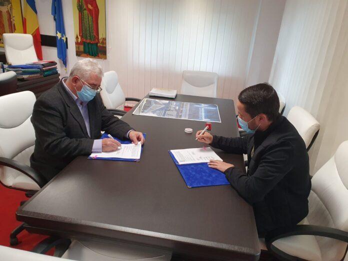 A fost semnat contractul pentru consolidarea, reabilitarea și modernizarea Colegiului Tehnic de Industrie Alimentară Suceava