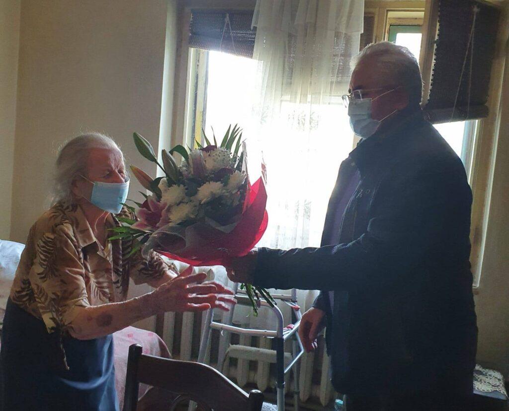 Cel mai în vârstă cetățean al municipiului Suceava a împlinit vârsta de 104 ani FOTO