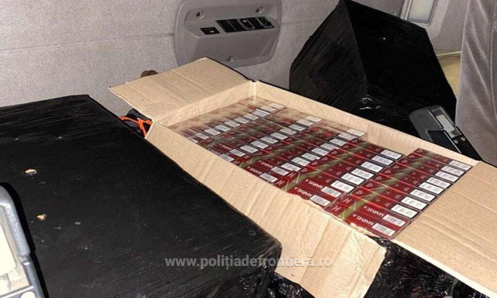 Amendă de 10.000 de lei pentru un șofer prins cu țigări de contrabandă FOTO